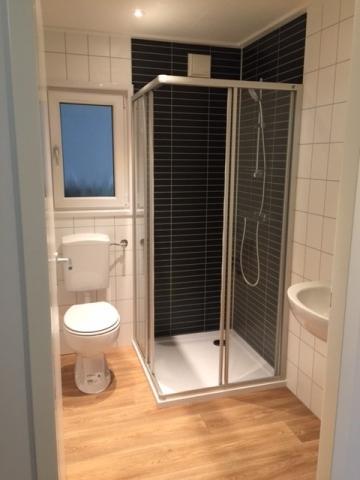 einteiliges Kundenmobilheim 4,60 x 12,00 m Badezimmer