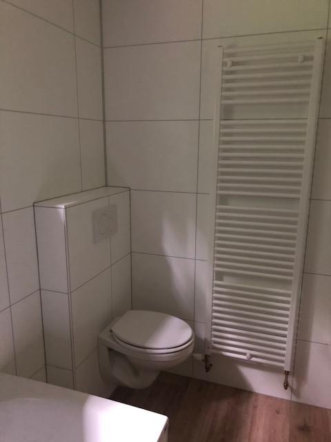 Kundenmobilheim 7,80 x 10,70 Badezimmer Hänge-WC